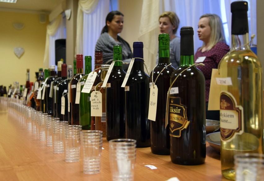 Konkurs nalewek, piw i win w Tuchomiu (wideo, zdjęcia)