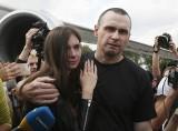 Oleg Sencow wolny. Wymiana więźniów: Ukraina i Rosja dokonały wymiany około 70 więźniów, pojmanych w związku z wojną we wschodniej Ukrainie