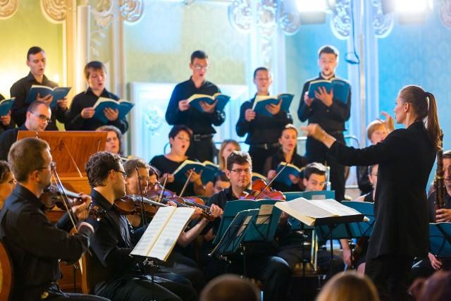 Anna Moniuszko dyryguje Zespołem Muzyki Dawnej Diletto