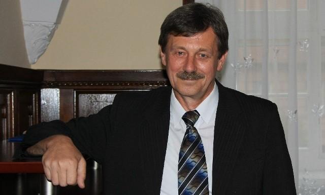 Komisarz Marian Sierpatowski kieruje jednocześnie radą społeczną szpitala w Obrzycach. Zapowiada, że nie podejmie uchwały w sprawie jego likwidacji.