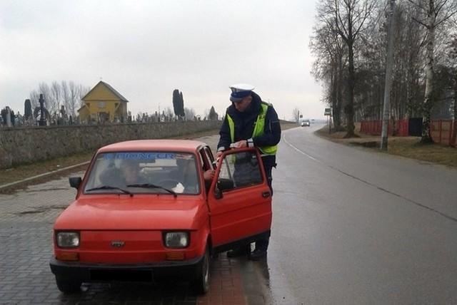 Sokólscy policjanci zatrzymali do kontroli niemal 300 kierowców