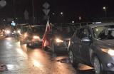 Inowrocław. Strajk kobiet. Blokada al. Niepodległości na osiedlu Rąbin w Inowrocławiu. Zdjęcia i video
