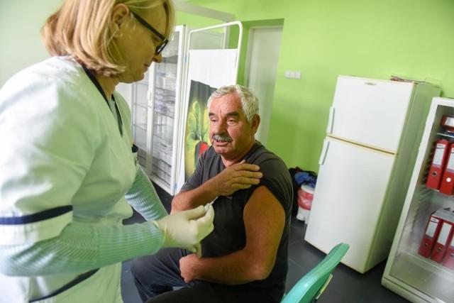 GIS rekomenduje szczepienia przeciwko grypie