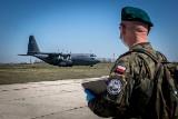 Legendarny samolot Hercules C-130 w służbie logistyków z Opola. Zawiózł sprzęt, żywność i lekarstwa polskim żołnierzom w Rumunii