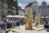 Rzeźbili w drewnie na Starym Rynku w Poznaniu! Zobacz, jak wyglądały zawody Speed Wood Carving