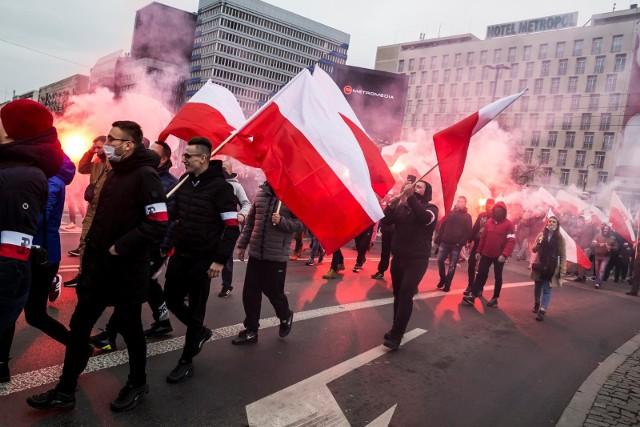 """Policja przeprasza za """"nie potrzebne sytuacje"""" na Marszu Niepodległości"""