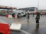 Żdżary: Pijany kierowca TIRa spowodował wypadek na autostradzie A2 w kierunku Warszawy - 10 osób rannych [ZDJĘCIA, WIDEO]
