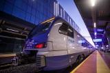 W weekend zmiania czasu. W tym czasie w trasie będzie 14 składów PKP Intercity. Co to oznacza dla pasażerów?