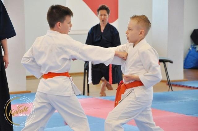 Niesamowite. Karatecy z zielonogórskiej Akademii BUDO i Rozwoju Osobowości zdobyli aż 39 medali na jednych zawodach.