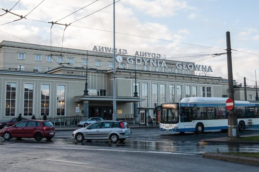 Gdynia Główna największą stacją pasażerską na Pomorzu wg...