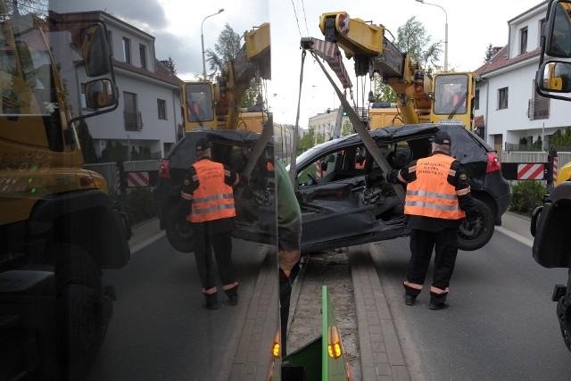 Zderzenie samochodu z tramwajem. Duże utrudnienia