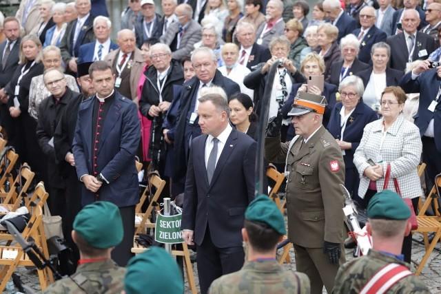 Na uroczystości nie otrzymali zaproszeń Andrzej Józef Nowak oraz Piotr Kardela.