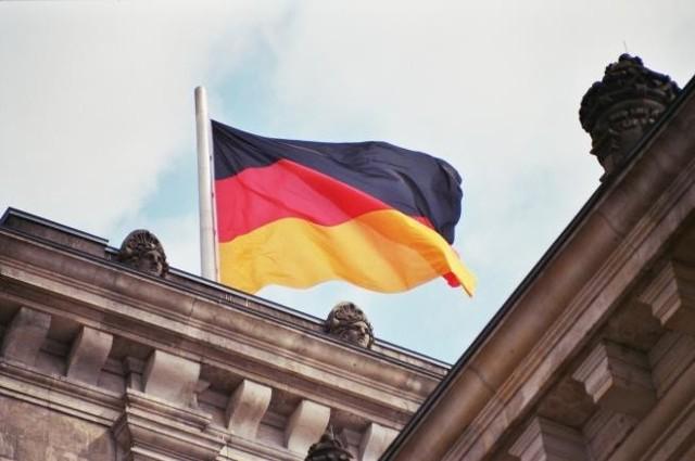 Tygodniowy czas pracy w Niemczech wynosi średnio 39 godzin (4 dni po 8 godzin i 7 godzin w piątek).