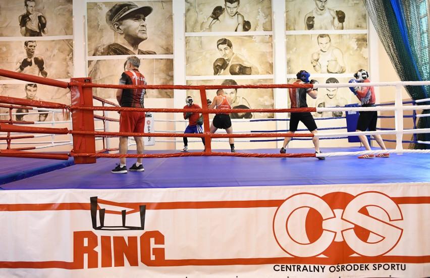 Koronawirus zatrzymał polskich bokserów. Teraz trenują w COS w Cetniewie