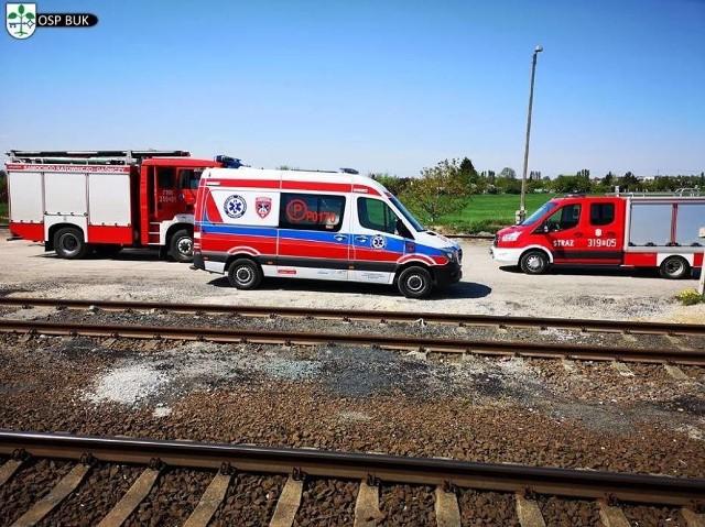 Do śmiertelnego wypadku doszło we wtorek około godz. 13.10 na stacji kolejowej w Buku. Zginęła jedna osoba, potrącona przez pociąg.