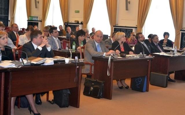 Większość radnych poczuła się obrażona przez prezydent Zdanowską i zdecydowała o zakończeniu sesji.