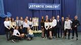 """Społeczność inowrocławskiego """"Chemika"""" obchodziła święto swojego patrona - Jana Pawła II [zdjęcia]"""
