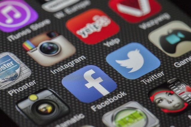 Facebook będzie musiał zmienić zasady świadczenia usług