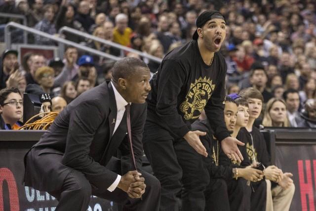 Drake (z prawej)