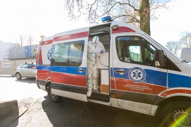 W sumie liczba osób zakażonych koronawirusem w Polsce wynosi 58/1 (wszystkie pozytywne przypadki/w tym osoba zmarła). Stan na piątek (13 marca) godz. 9.
