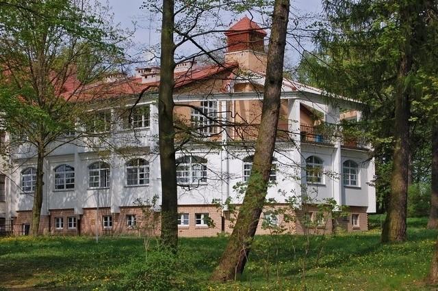 W Domu Pomocy Społecznej w Suchorączku zakażonych koronawirusem jest 61 pensjonariuszy i 12 pracowników