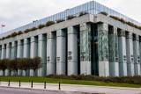Decyzja Sądu Najwyższego w sprawie kredytów frankowych odroczona bez terminu. SN zwrócił się między innymi do RPO i prezesa NBP