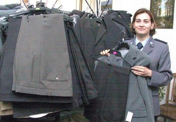 - Policjanci odzyskali 300 garniturów i ponad 300 par butów - mówi Katarzyna Cichoń, oficer prasowy Komendy Miejskiej Policji w Radomiu.