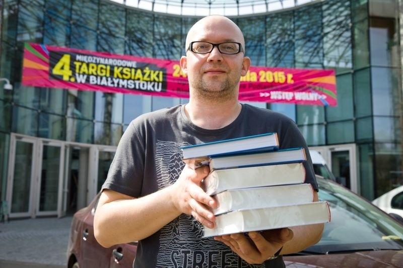 Piotr Brysacz z Fundacji Sąsiedzi zaprasza na Targi Książki....
