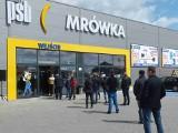 Tłumy na otwarciu marketu PSB Mrówka w Starachowicach! Można było zdobyć cenne nagrody [ZDJĘCIA]