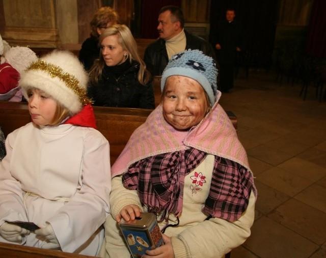 W kościele parafialnym pod wezwaniem św. Bartlomieja trwaly przygotowania koledników
