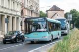 Historyczny autobus Urbino 12 wyjechał na poznańskie ulice. Poznaniacy chętnie nim podróżowali [ZDJĘCIA]