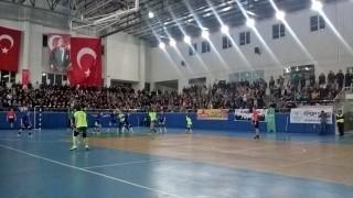 W pierwszym meczu III rundy EHF Challenge Cup Energa AZS Koszalin przegrała z tureckim Ardesen GSK 27-34.