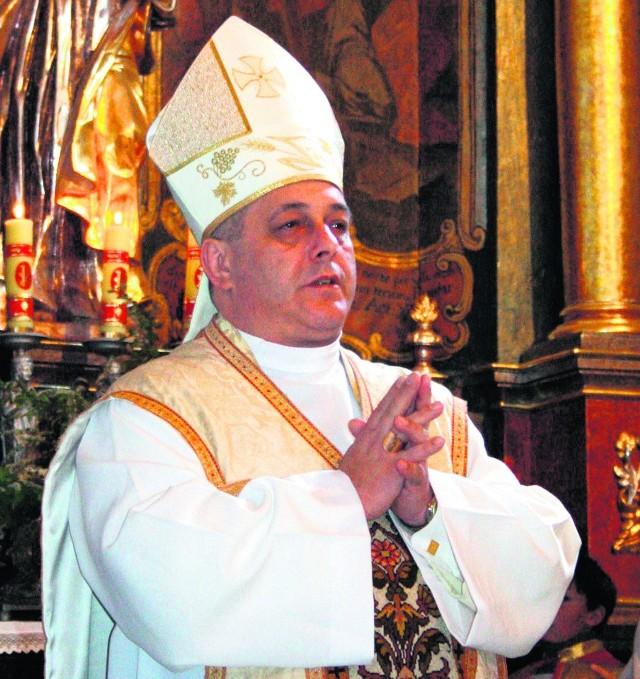 O. Eugeniusz Włodarczyk wstąpił do zakonu  w 1989 r.