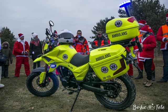 Tak wygląda motoambulans przekazany stowarzyszeniu Medival przez  organizację MotoMikołaje Białystok.
