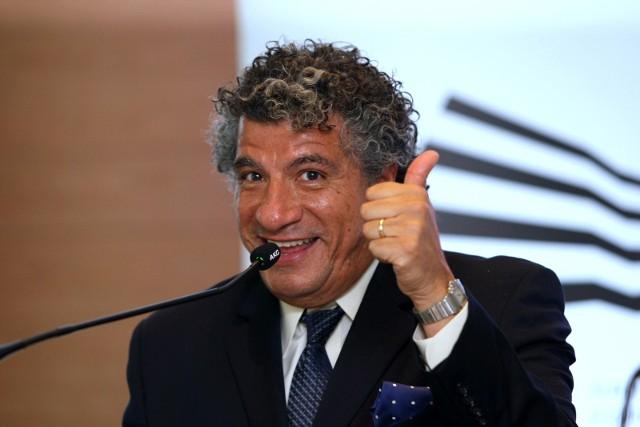Giancarlo Guerrero wprost zaraża optymizmem, pasją i zachwytem dla Narodowego Forum Muzyki