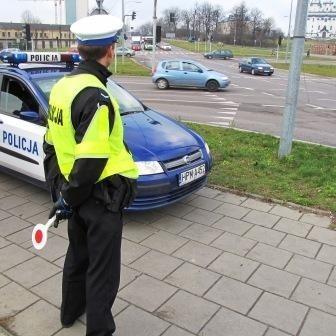 W 14 punktach Białegostoku były dziś rozstawione policyjne radiowozy z kamerami.