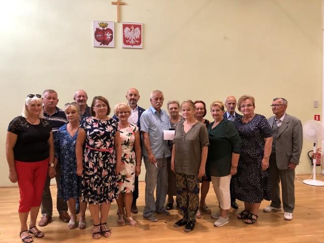 Rada Seniorów Gminy Choroszcz jest grupą osób, które doradzają i konsultują sprawy w zakresie opiniowania projektów uchwał, współpracy z władzami gminy przy opiniowaniu i rozstrzyganiu istotnych problemów dotyczących potrzeb i oczekiwań mieszkańców, zwłaszcza w wieku senioralnym