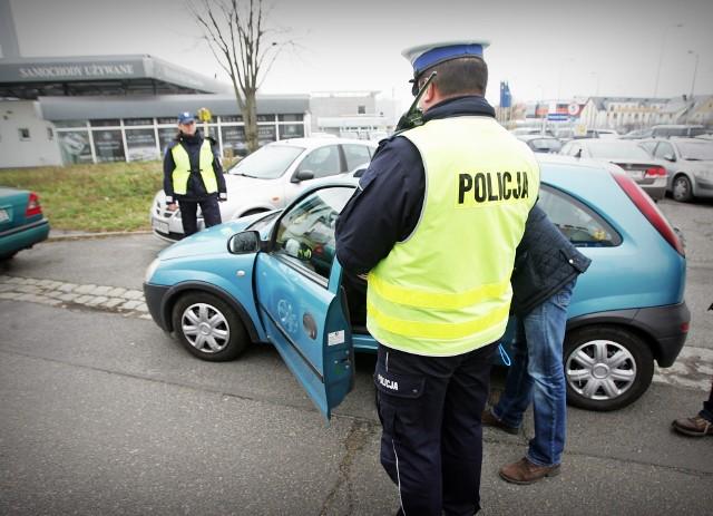 Już niedługo kierowcy będą musieli mieć się znacznie bardziej na baczności niż teraz – radykalnie wzrosną mandaty. Ostatnia korekta odbyła się w 1997 r.