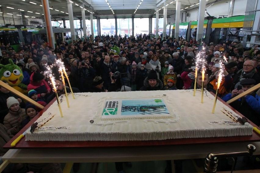 Wielka parada tramwajów na urodziny PST
