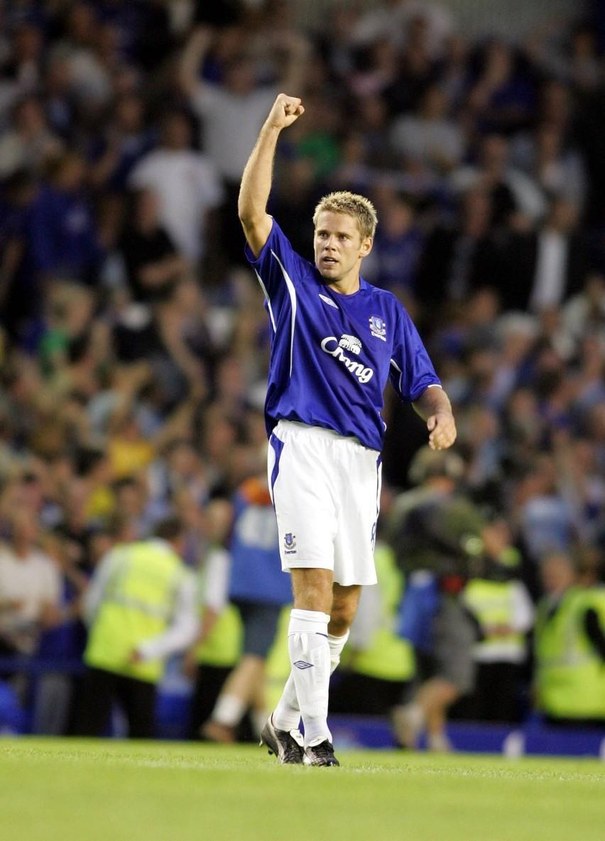James Beattie w 2006 r. strzelił gola dla Evertonu, który...