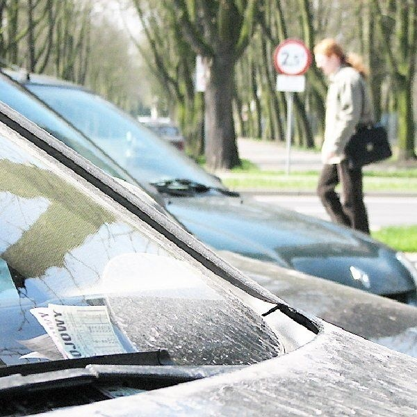 Ratusz ma 10 lat na to, by dochodzić praw w  tego typu sprawach. Bywa, że kierowca z  długiem umiera. Wówczas wezwania do zapłaty  otrzymują spadkobiercy.