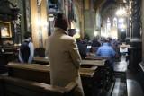 Przekroczona liczba wiernych w kościele. Zareagowała policja. Proboszcz przyjął mandat