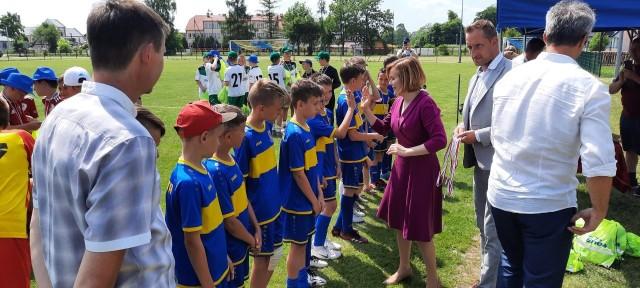 Nagrody wręczyła świętokrzyska posłanka, minister sportu Anna Krupka
