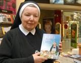 Anastazja Pustelnik: Modlę się za tych,co gotują z moich książek