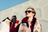 Ilu milionerów jest w woj. śląskim i w Polsce? Na co wydają pieniądze? Rynek rzeczy luksusowych za 2020 rok. Raport KPMG