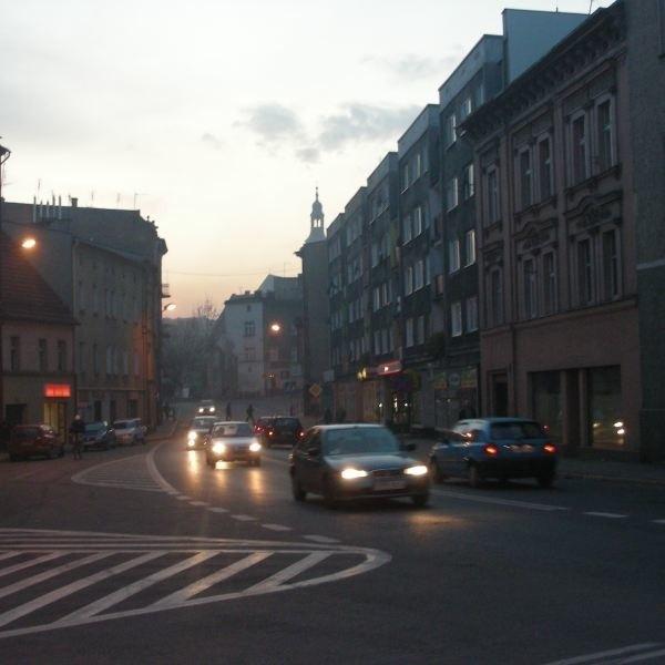 Prudnik. Remont ulic Lipowej, Sienkiewicza, Młyńskiej i Krzywej ma rozładować ruch w centrum.