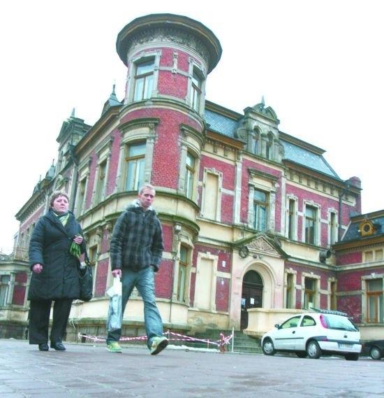 Zabytkowy pałacyk Beckera już na początku marca może trafić w ręce nowego właściciela