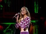 Julia Kicińska śpiewem podbija serca przechodniów. Zobaczcie zdjęcia!