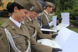 Wrocław: Armia ma nowych oficerów. Na Rynku odbyła się promocja (ZDJĘCIA)