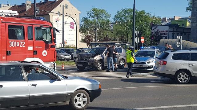 Do kolizji z udziałem trzech samochodów doszło w czwartek, 13 maja, krótko po godz. 15.00.